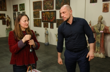 Illia Kyva with his daughter Kateryna have visited an exhibition of the Ukrainian heritage 2